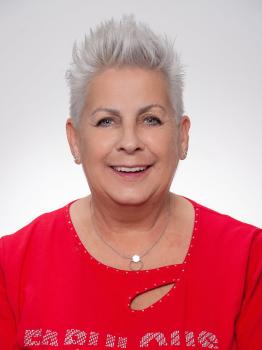Frau Gabriele Heinl