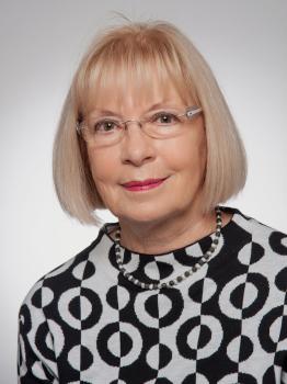 Frau Hannelore Hesse